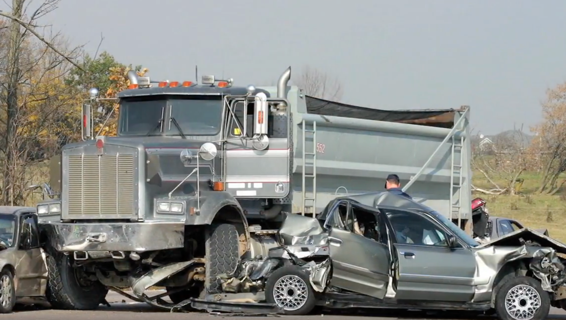 Truck Accident Lawyers San Antonio | 18 Wheeler and Semi Accident Law